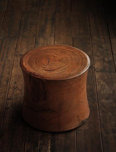 stool3_blg.jpg